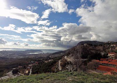 Panorama Splita sa Solinom i Kaštelima sa tvrđave Klis bila je fascinantna